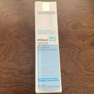 2/$15 LA ROCHE POSAY Hyalu Anti Wrinkle Serum